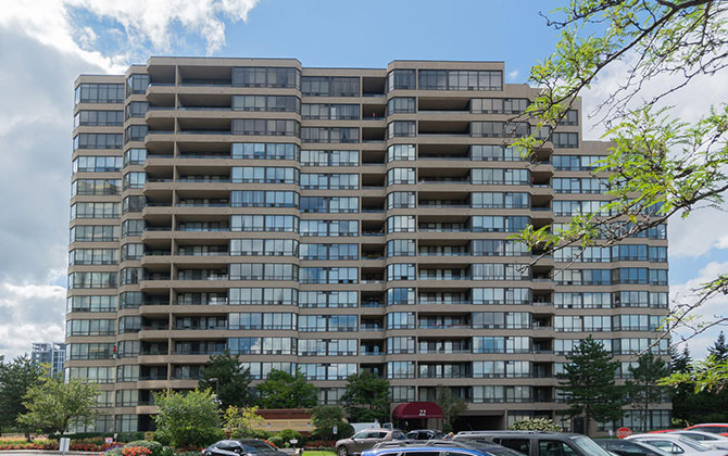 22 Clarissa Drive, Unit 1213, Richmond Hill